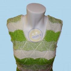 Zelenobílá halenka