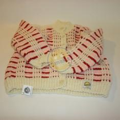 Barevný zimní dětský svetr